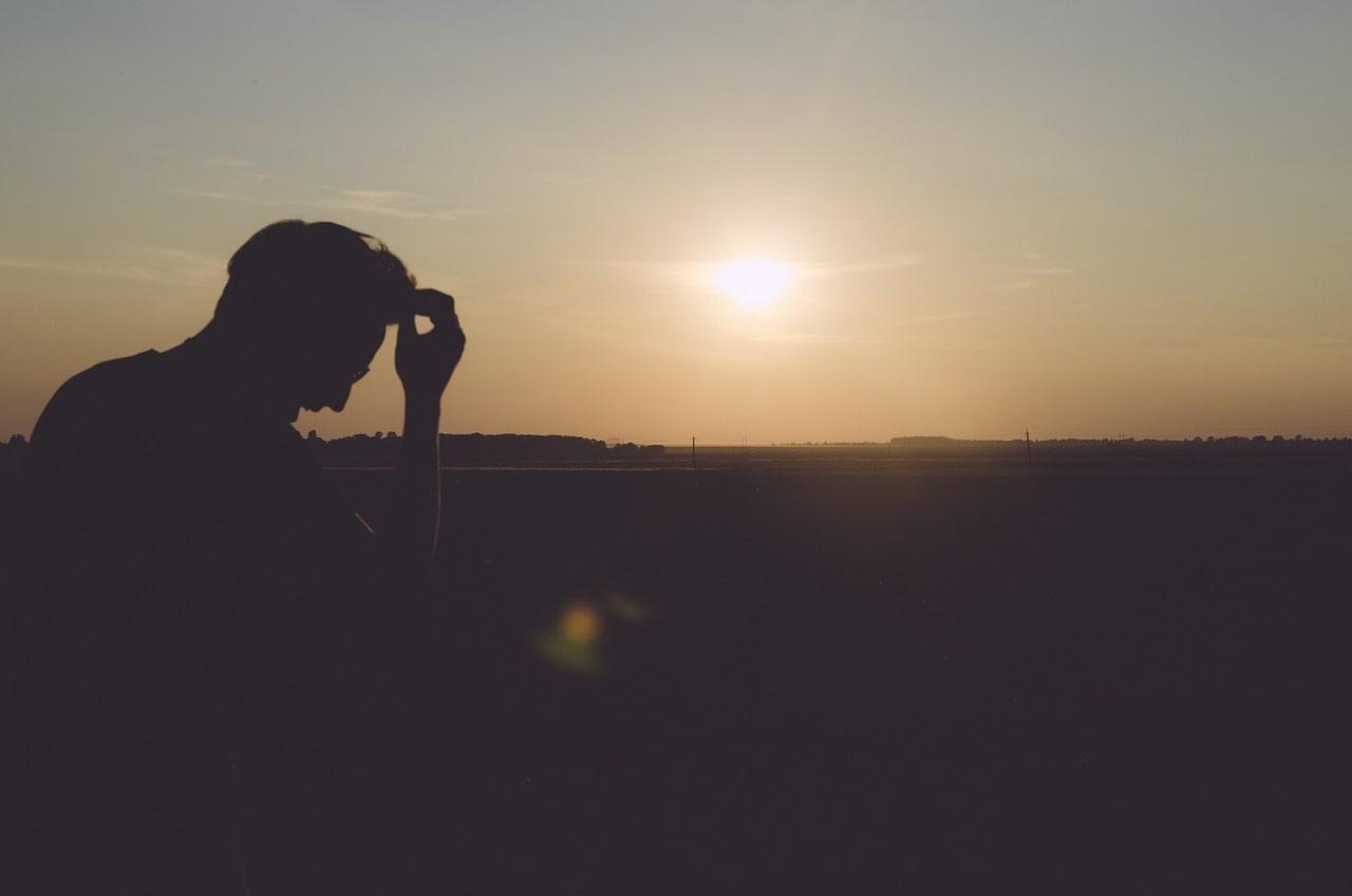 孤独死に陥りやすい共通点
